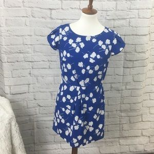 Tommy Hilfiger Dress Blue Floral Size 6 White